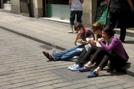 Comer na rua
